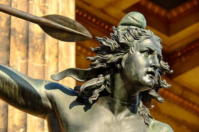 sculpture-2013048_640.jpg